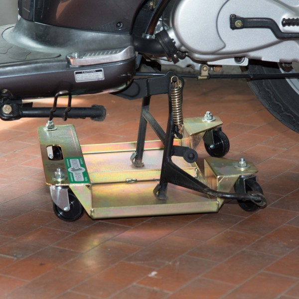 Accosta moto mavam03 for Carrello sposta auto